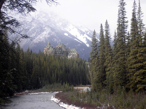 A photo of Fairmont Banff Springs hotel, taken by Michal Jacovi, 8.11.06